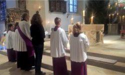 Adventsandacht mit Friedensgebet