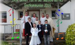 """""""Lebe deinen Ton in der Melodie Gottes"""" – Erstkommunion 2019 in Altenheerse"""