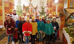 Sternsinger unterwegs in Altenheerse
