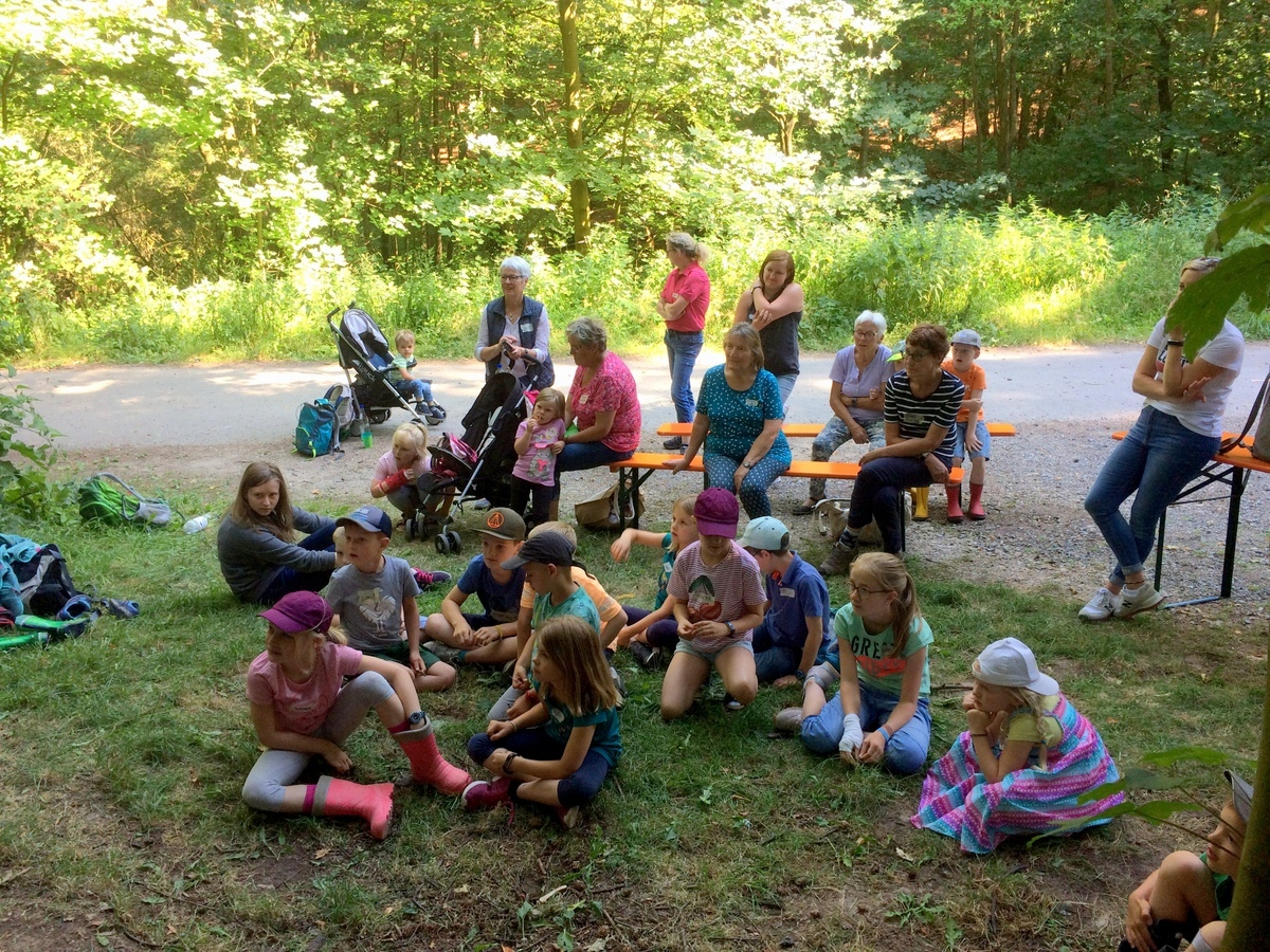 WB19_Familienwanderung-002