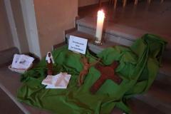 VI. Station: Veronika reicht Jesus das Schweißtuch